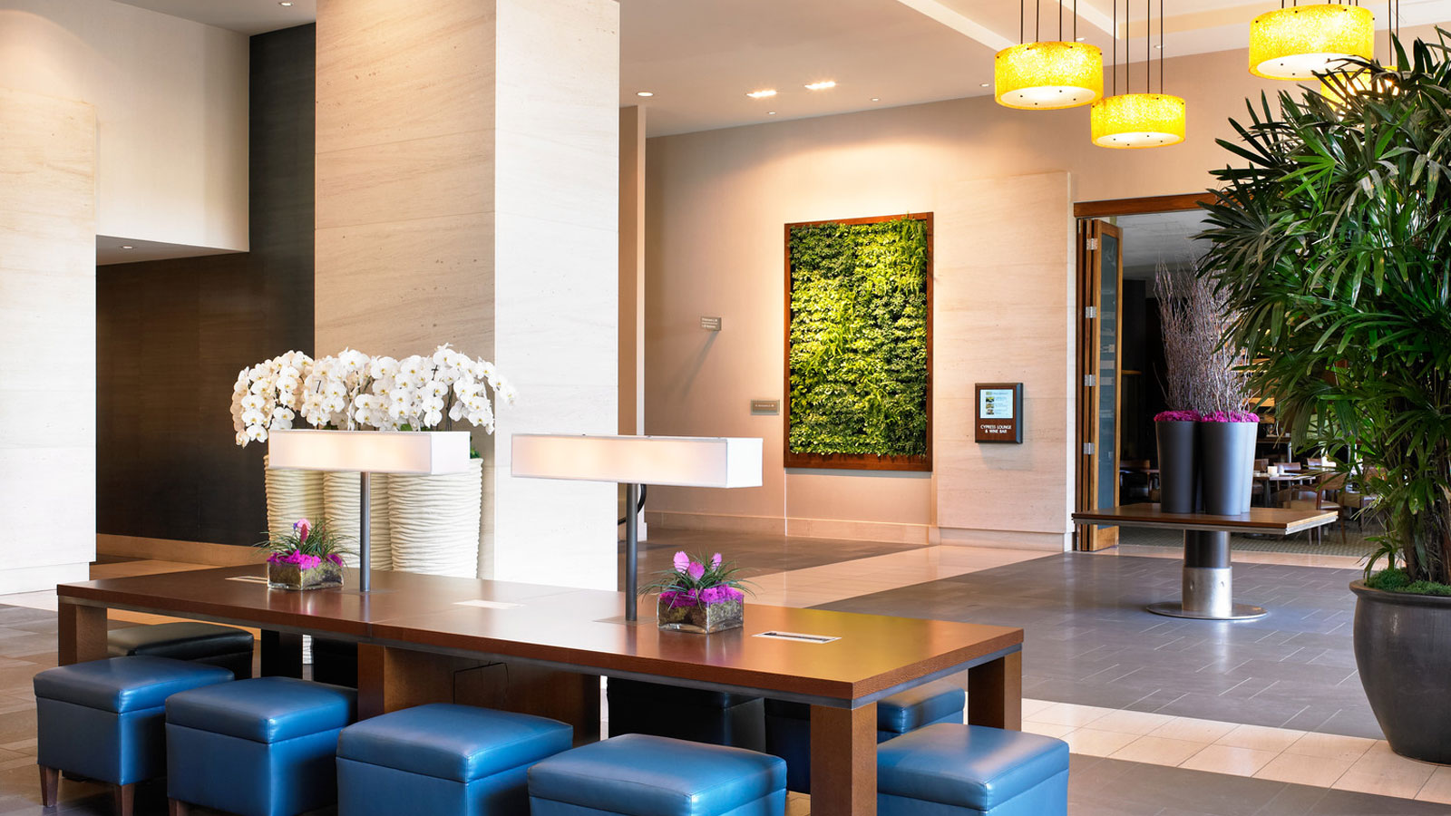 Bellevue Hotel Features - Concierge Services